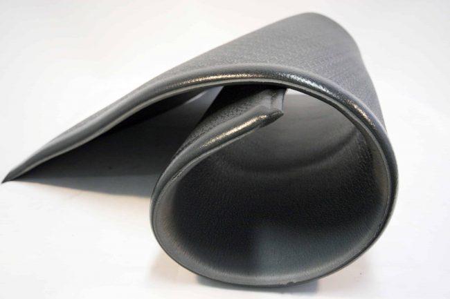 mata-czarna-rolka-gabczasta