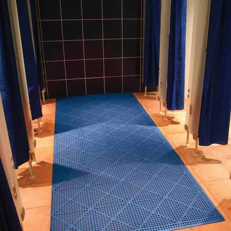 Flexi Deck non-slip pool mat